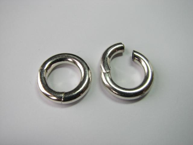 15 S. S. Round Circle Clasp 17 mm OD