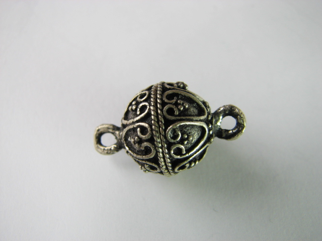 23 S. S. Bali Style Magnetic Clasp