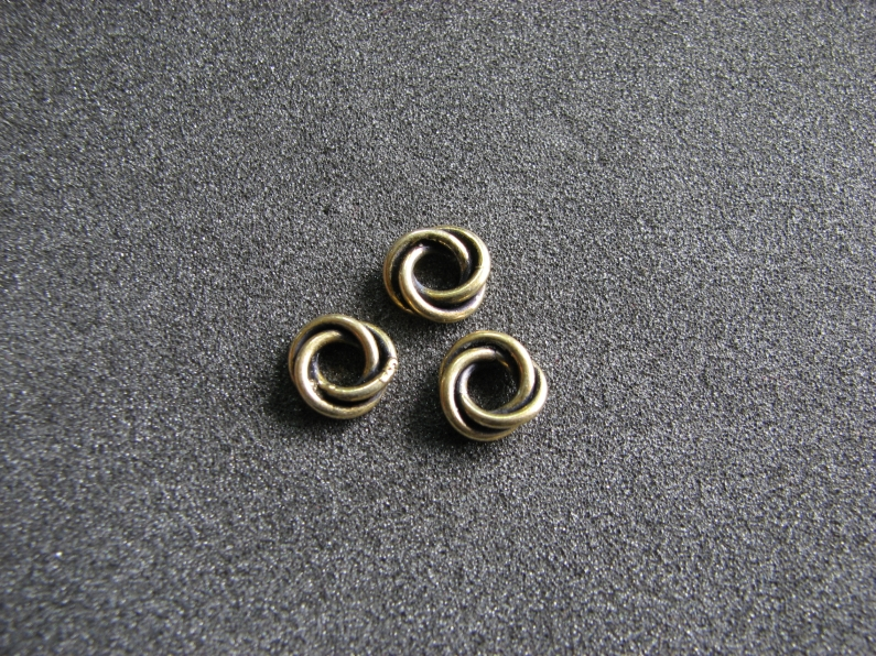 Vermeil Bead 048 Love Knot Ring Oxidised